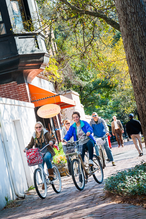 Family Bike Ride Historic District - visit Savannah_s